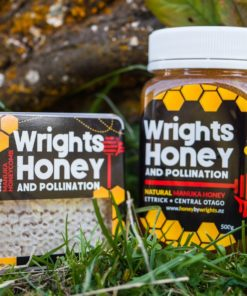 Manuka Honeycomb made by Honey by Wrights in Central Otago, New Zealand-120g